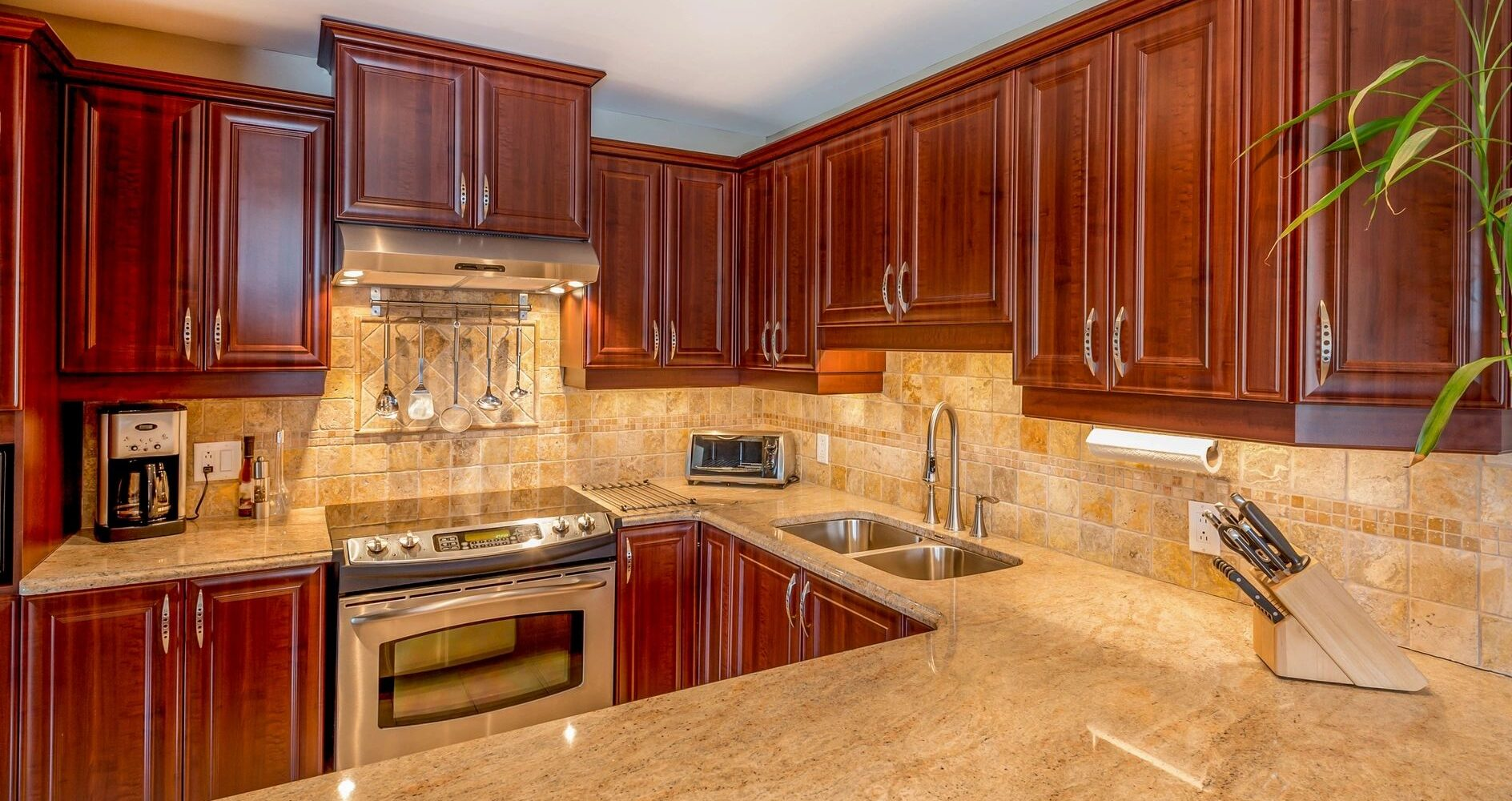 OUR WIDE SELECTION INCLUDES GRANITE, MARBLE, QUARTZ AND QUARTZITE
